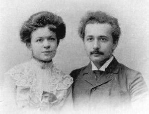 Fotografia do casamento de Albert Einstein e Mileva Maric - 06/01/1903