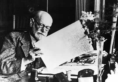 Sigmund Freud Escrevendo